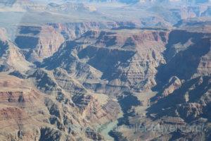 ラスベガスからグランドキャニオンに行くセスナからの景色